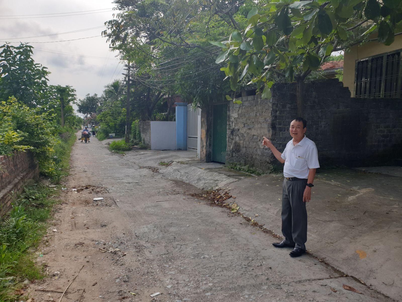 Người dân thành phố Uông Bí khổ sở vì dự án, có đất mà không được xây nhà. Ảnh Lê Cường