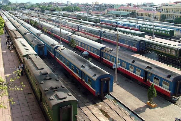 Tổng công ty đường sắt gặp một số vướng mắc khi chuyển sang