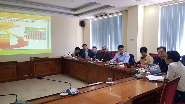 ông Nguyễn Ngọc Quang và Nhà đầu tư Tập đoàn HANHWA Hàn Quốc